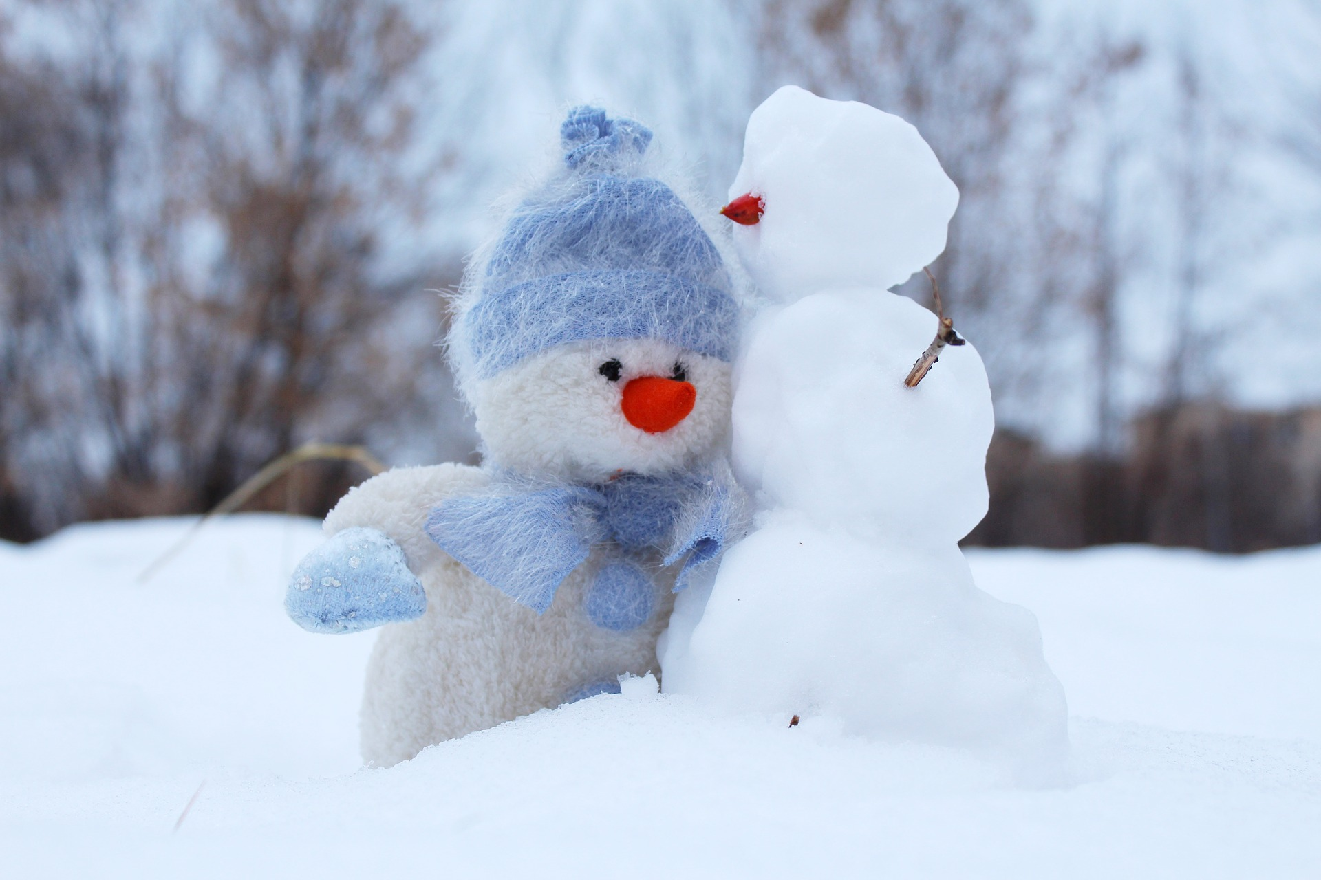 Family-Friendly Friday: Snowpeople Edition